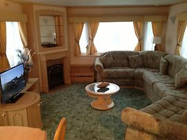Northshore Private Caravan Rental photos Room