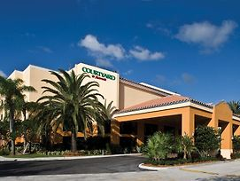 Courtyard By Marriott Boynton Beach photos Exterior