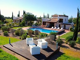 3 Bedroom Villa Limni With Private Pool And Gardens Aphrodite Hills Resort photos Exterior