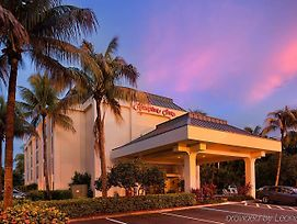 Hampton Inn Naples-Central photos Exterior