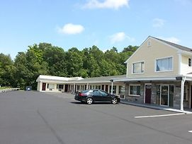 Americas Best Value Inn Providence North Scituate photos Exterior