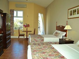 Guest House Villa Mishkan photos Room