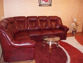 Apartment 2 Rooms Lux Near Inturist Prospect Soborniy photos Room