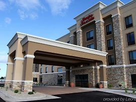 Hampton Inn & Suites Grand Forks photos Exterior