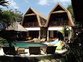 Gili Flush Harmony photos Exterior