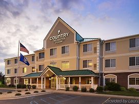 Country Inn & Suites By Radisson, Big Rapids, Mi photos Exterior
