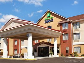 Holiday Inn Express & Suites Knoxville-North-I-75 Exit 112 photos Exterior