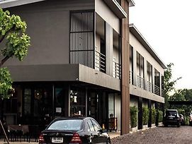 Thonglor Boutique & Spa photos Exterior