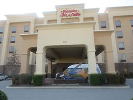 Hampton Inn & Suites Nashville At Opryland photos Exterior