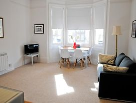 Shelley Apartment photos Room