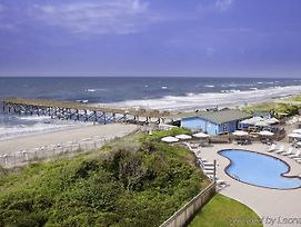 Doubletree By Hilton Atlantic Beach Oceanfront photos Exterior