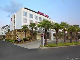 Mercure Bali Harvestland Kuta photos Exterior