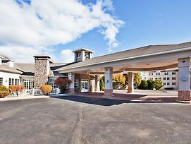 Holiday Inn Express St. Ignace-Lake Front photos Exterior