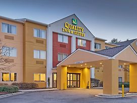 Quality Inn & Suites Birmingham - Highway 280 photos Exterior