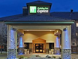 Holiday Inn Express Fallon photos Exterior