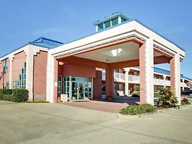Quality Inn Brookhaven photos Exterior