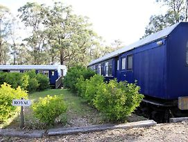 Krinklewood Cottage And Train Carriages photos Exterior