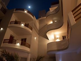 Cala Da Lua Apartments photos Exterior