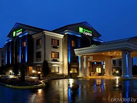 Holiday Inn Express Grove City photos Exterior