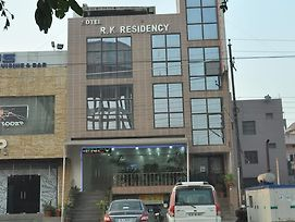 Oyo 2558 Hotel R K Residency photos Exterior