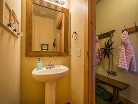 Bear Hollow By Lespri Property Management photos Room