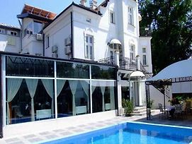 Guest House Vila Devedzic photos Exterior