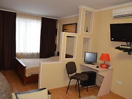 Apartments In The City Centre Of Nikolaev photos Room