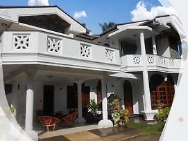 Srinik Guest House photos Exterior