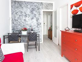65 Vibrant And Modern Apartment photos Room