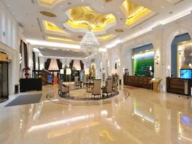 Hohhot Pinnacle Hotel photos Exterior