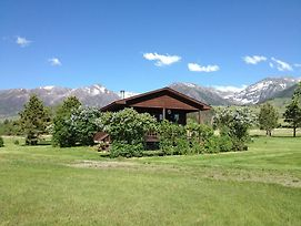 Pine Creek Cabin Livingston Montana photos Exterior