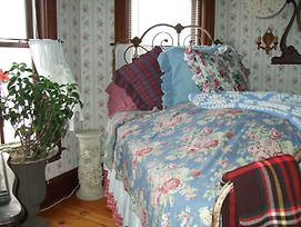 Enchanted Nights B&B photos Room