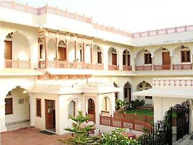 Nana Ki Haveli Hotel photos Exterior