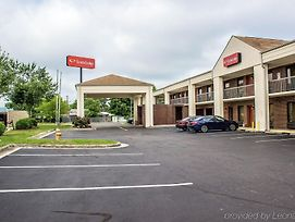 Econo Lodge Henderson photos Exterior