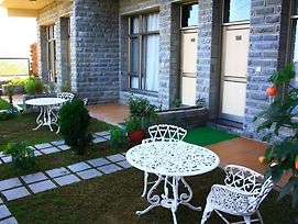 Kasauli Castle Resort photos Exterior
