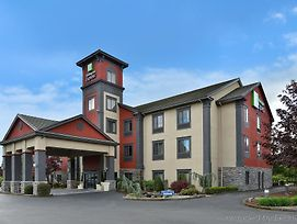 Holiday Inn Express Vancouver North - Salmon Creek photos Exterior