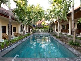 Sari Indah Cottages photos Exterior