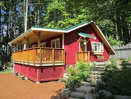 Cosy Woodpecker Cottage photos Exterior