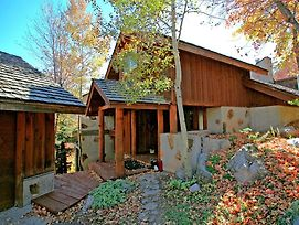 Aspen Ridge 4 Bedroom Cabin photos Exterior