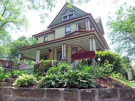 Victorian Dreams Bed And Breakfast photos Exterior