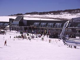 Perisher Valley Hotel photos Exterior