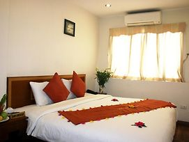 Hanoi Charming Guest House photos Room