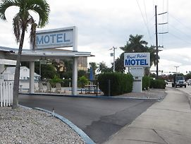 Royal Palms Motel photos Exterior
