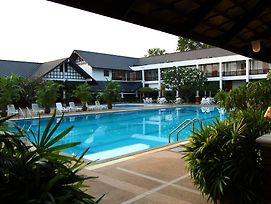 Korat Resort Hotel photos Exterior