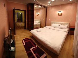 Romantic Apartments - Two Bedrooms photos Room