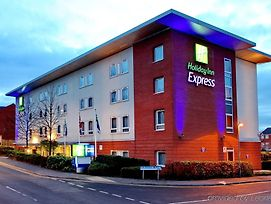 Holiday Inn Express Birmingham Redditch photos Exterior