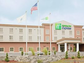 Holiday Inn Express Plainville - Foxboro Area photos Exterior