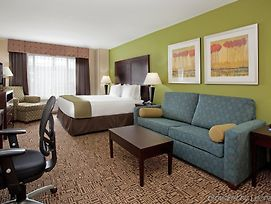 Holiday Inn Express Hotel & Suites Richfield photos Room