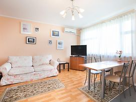 Busines Brusnika Apartment Zhulebino photos Room