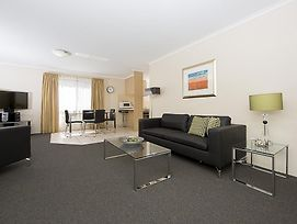 Accommodate Canberra - Kingston Court photos Room